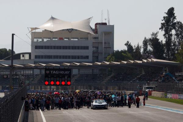 2016/2017 FIA Formula E Championship. Aut?dromo Hermanos Rodr?guez, Mexico City, Mexico Saturday 1 April 2017. The grid Photo: Alastair Staley/LAT/Formula E ref: Digital Image 585A6862