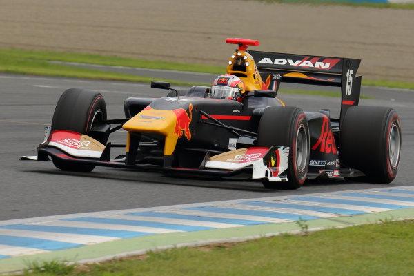 2017 Japanese Super Formula. Motegi, Japan. 19th - 20th August 2017. Rd 4. Winner Pierre Gasly ( #15 TEAM MUGEN SF14 ) action World Copyright: Yasushi Ishihara / LAT Images. Ref: 2017SF_Rd4_007