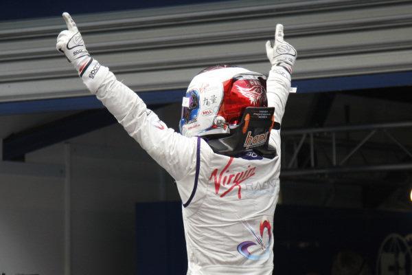Putrajaya E-Prix Race. Putrajaya E-Prix, Malaysia - 20th-22nd November 2014. Saturday 22 November 2014. Sam Bird (GBR)/Virgin Racing - Spark-Renault SRT_01E  Photo: Ed Hartley - Jakob Ebrey/LAT/ Formula E ref: Digital Image _DD37029