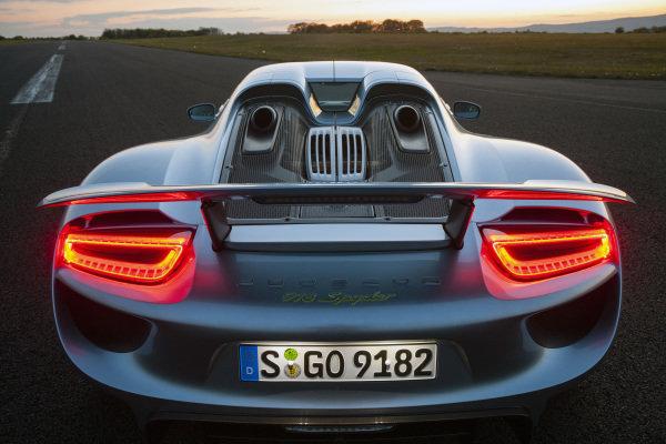 Porsche 918 Spyder Hybrid, 2017