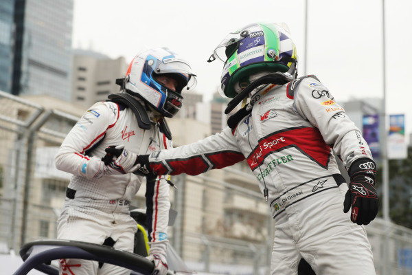 Lucas Di Grassi (BRA), Audi Sport ABT Schaeffler, 3rd position, congratulates race winner Sam Bird (GBR), Envision Virgin Racing in parc ferme