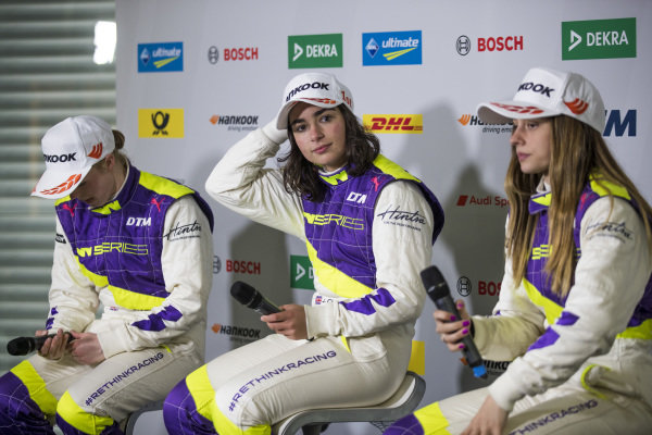 Alice Powell (GBR), Jamie Chadwick (GBR), and Marta Garcia (ESP), in the press conference