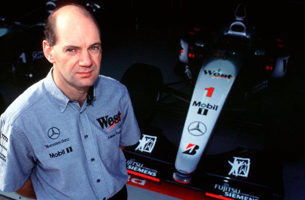 1999 Japanese Grand Prix.Suzuka, Japan.29-31 October 1999.McLaren Mercedes Technical Director Adrian Newey.World Copyright - Tee/LAT Photographic