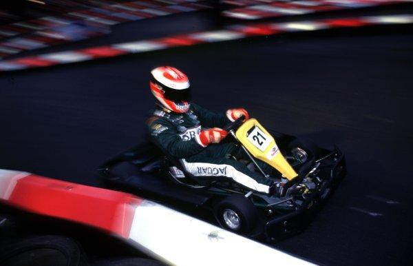 Jason Watt kartingLondon,England 29th Jan 2000.World - Dixon/LAT PhotographicSomerset House, Somerset RoadLondon, TW11 8RUTel+44 (0)181 251 3000Fax+44 (0)181 251 3001