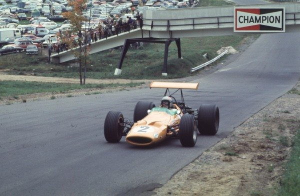 1968 Canadian Grand Prix.Mont-Tremblant, (St. Jovite), Quebec, Canada.20-22 September 1968.Bruce McLaren (McLaren M7A Ford) 2nd position.Ref-68 CAN 23.World Copyright - LAT Photographic