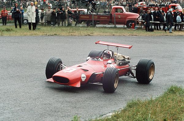 Zandvoort, Holland.21-23 June 1968.Chris Amon (Ferrari 312) 6th position.Ref-35mm 68 HOL 11.World Copyright - LAT Photographic
