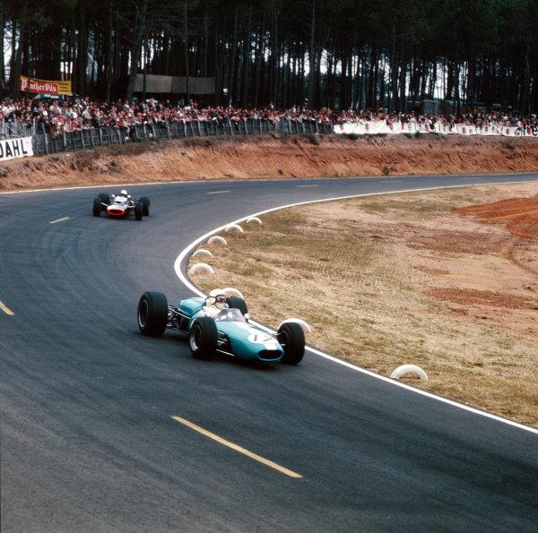 Bugatti Circuit, Le Mans, France.30/6-2/7 1967.Bob Anderson (Brabham BT11 Climax).Ref-3/3027.World Copyright - LAT Photographic