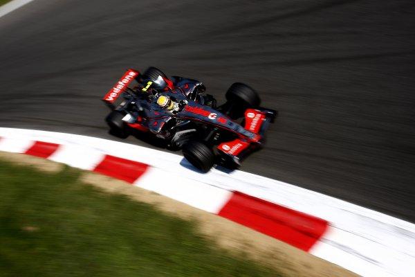 2007 Italian Grand PrixAutodromo di Monza, Monza, Italy.7th - 9th September 2007.Lewis Hamilton, McLaren MP4-22 Mercedes. Action.World Copyright: Lorenzo Bellanca/LAT Photographicref: Digital Image _64I7287