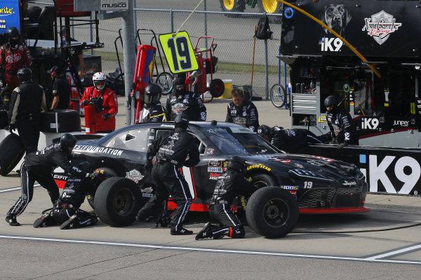 #19: Brandon Jones, Joe Gibbs Racing, Toyota Supra 1st Foundation pit stop