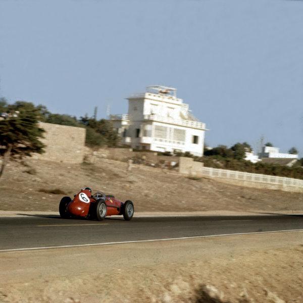 1958 Moroccan Grand Prix.Ain-Diab, Casablanca, Morocco.17-19 October 1958.Mike Hawthorn (Ferrari Dino 246) 2nd position. Ref-3/0120.World Copyright - LAT Photographic