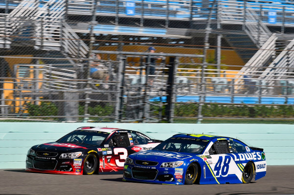 Monster Energy NASCAR Cup Series Ford EcoBoost 400 Homestead-Miami Speedway, Homestead, FL USA Saturday 18 November 2017 Jimmie Johnson, Hendrick Motorsports, Lowe's Chevrolet SS and Austin Dillon, Richard Childress Racing, Dow WeatherTech Chevrolet SS World Copyright: Nigel Kinrade LAT Images