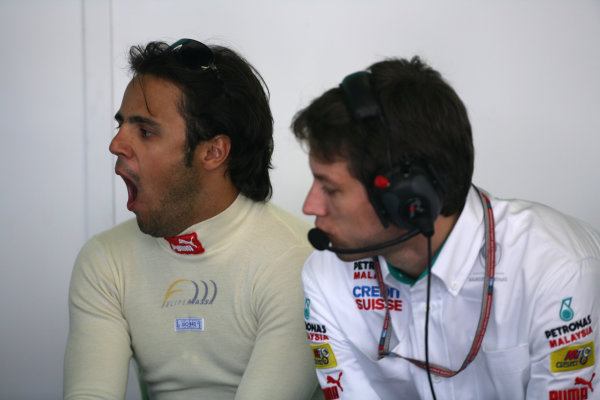 2005 European Grand Prix - Saturday Qualifying,Nurburgring, Germany. 28th May 2005 Felipe Massa, Sauber Petronas C24, yawns. Portrait World Copyright: Steve Etherington/LAT Photographic ref: 48mb Hi Res Digital Image