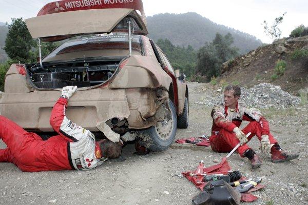 2005 FIA World Rally Champs. Round sevenRally of Turkey2nd-5th June 2005.Harri Rovanpera, Mitsubishi, accident damage.World Copyright: McKlein/LAT