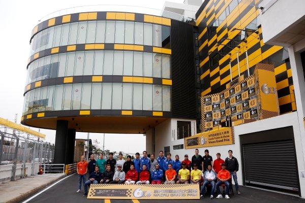 2013 Macau Formula 3 Grand Prix Circuit de Guia, Macau, China 13th - 17th November 2013  Groupshoot of all drivers World Copyright: XPB Images / LAT Photographic  ref: Digital Image 2913477_HiRes