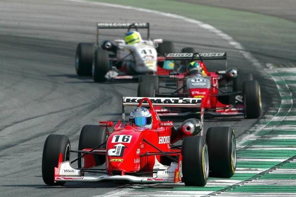 Robert Doornbos (NED) Team Ghinzani Dallara Mugen Honda leads Fabio Carbone (BRA) Signature Dallara  Renault and Marcel Lasee (GER) SRT Swiss Racing Team Dallara Opel.