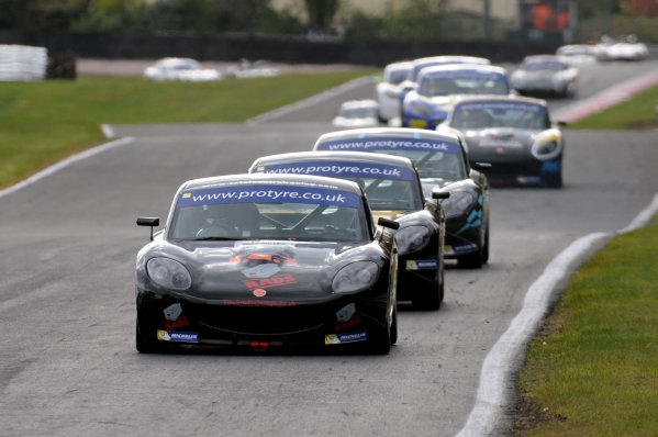 2014 Protyre Motorsport Ginetta GT5 Challenge, Oulton Park, Cheshire. 19th April 2014. Start of Race 3 George Gamble (GBR) TCR Ginetta G40 leads. World Copyright: Ebrey / LAT Photographic.