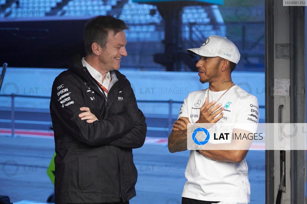 Suzuka Circuit, Japan. Thursday 5 October 2017. James Allison, Technical Director, Mercedes AMG, and Lewis Hamilton, Mercedes AMG. World Copyright: Steve Etherington/LAT Images  ref: Digital Image SNE13441