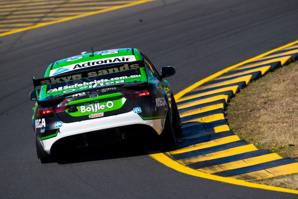 2017 Supercars Championship Round 9.  Sydney SuperSprint, Sydney Motorsport Park, Eastern Creek, Australia. Friday 18th August to Sunday 20th August 2017. Mark Winterbottom, Prodrive Racing Australia Ford.  World Copyright: Daniel Kalisz/LAT Images Ref: Digital Image 190817_VASCR9_DKIMG_3322.jpg