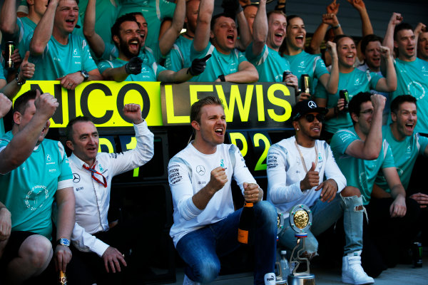 Sochi Autodrom, Sochi, Russia. Sunday 1 May 2016. Paddy Lowe, Executive Director (Technical), Mercedes AMG, Nico Rosberg, Mercedes AMG, 1st Position, Lewis Hamilton, Mercedes AMG, 2nd Position, and the Mercedes team celebrate. World Copyright: Sam Bloxham/LAT Photographic ref: Digital Image _L4R0108