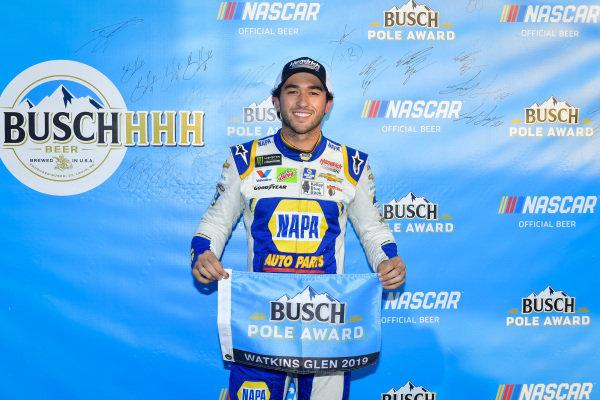 #9: Chase Elliott, Hendrick Motorsports, Chevrolet Camaro NAPA AUTO PARTS pole award