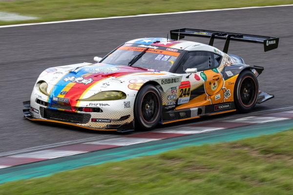 GT300 Winners Atsushi Miyake & Yuui Tsutsumi, Max Racing Takanoko-no-yu, Toyota GR Supra GT300