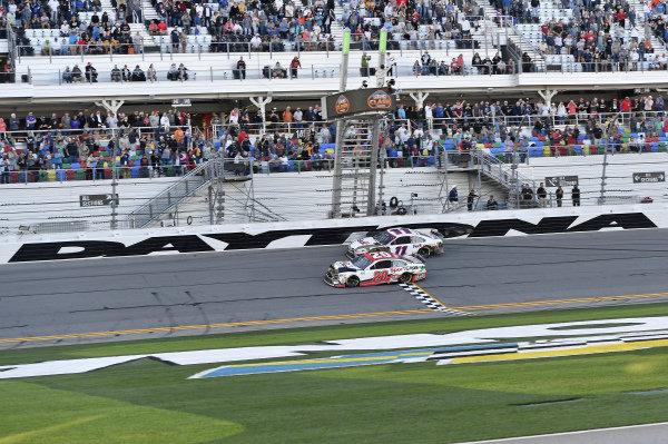 #20: Erik Jones, Joe Gibbs Racing, Toyota Camry Sports Clips, #11: Denny Hamlin, Joe Gibbs Racing, Toyota Camry FedEx Express