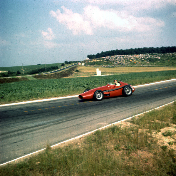 1958 French Grand Prix.Reims, France.4-6 July 1958.Gerino Gerini (Scuderia Centro Sud Maserati 250F) 9th position.Ref-3/0066.World Copyright - LAT Photographic