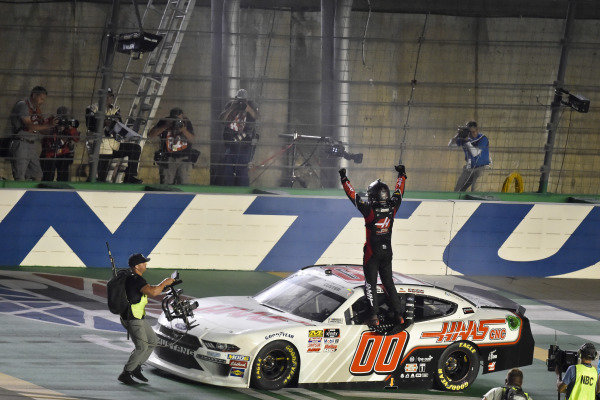 #00: Cole Custer, Stewart-Haas Racing, Ford Mustang Haas Automation celebrates after winning