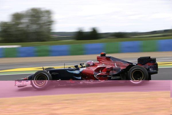 2007 French Grand Prix - Friday PracticeCircuit de Nevers Magny Cours, Nevers, France.29th June 2007.Vitantonio Liuzzi, Toro Rosso STR02-Ferrari. Action. World Copyright: Andrew Ferraro/LAT Photographicref: Digital Image VY9E1779