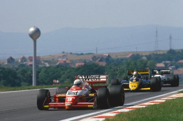 1987 Hungarian Grand Prix.  Hungaroring, Hungary. 7-9 August 1987.  Martin Brundle, Zakspeed 871, leads Alessandro Nannini, Minardi M187 Motori Moderni.  Ref: 87HUN01. World Copyright: LAT Photographic