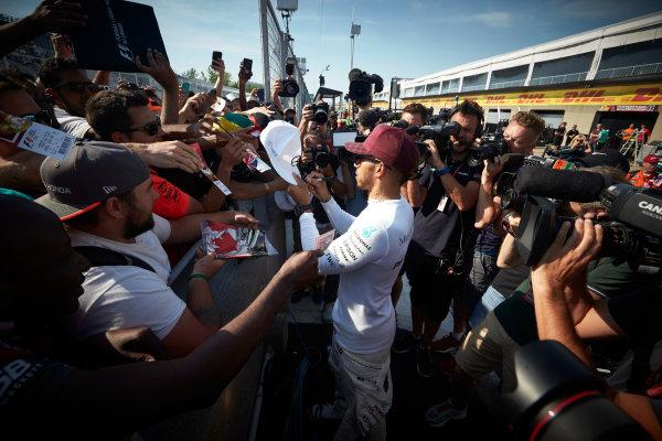 Circuit Gilles Villeneuve, Montreal, Canada. Sunday 11 June 2017. Lewis Hamilton, Mercedes AMG, meets fans and signs autographs. World Copyright: Steve Etherington/LAT Images ref: Digital Imagee SNE10679