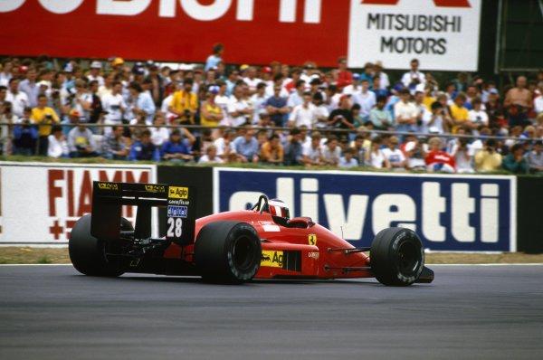 1987 British Grand Prix.Silverstone, England.10-12 July 1987.Gerhard Berger, Ferrari F1-87, retired, action.World Copyright - LAT Photographic