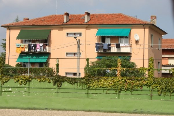 Houses.Imola Track Walk, Imola, San Marino, Thursday 17 September 2009.