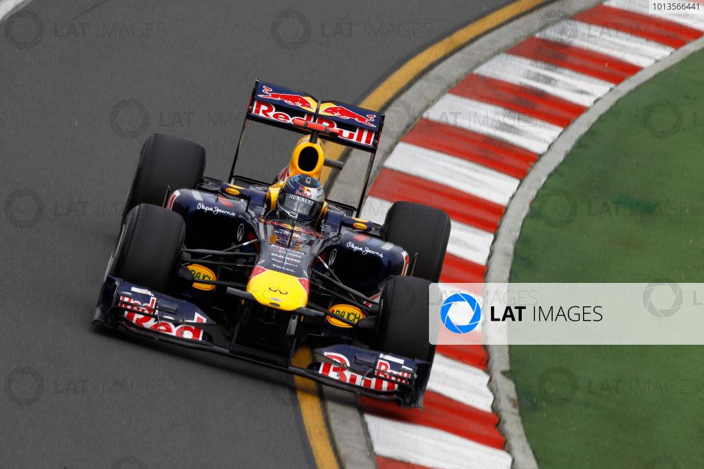 Albert Park, Melbourne, Australia25th March 2011.Sebastian Vettel, Red Bull Racing RB7 Renault. Action. World Copyright: Andrew Ferraro/LAT Photographicref: Digital Image _Q0C7837