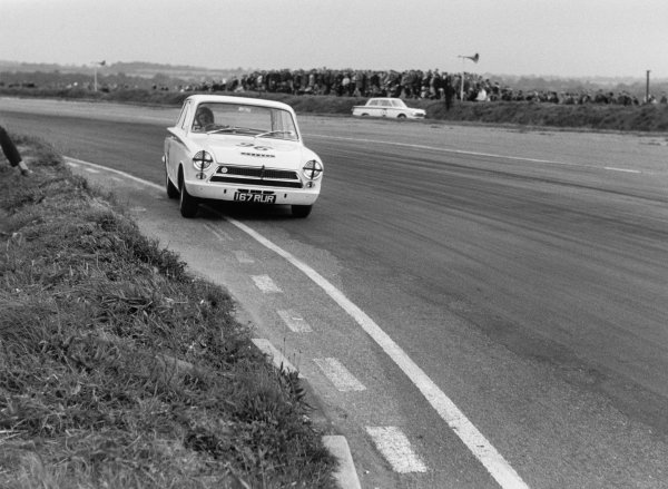 Snetterton, England.