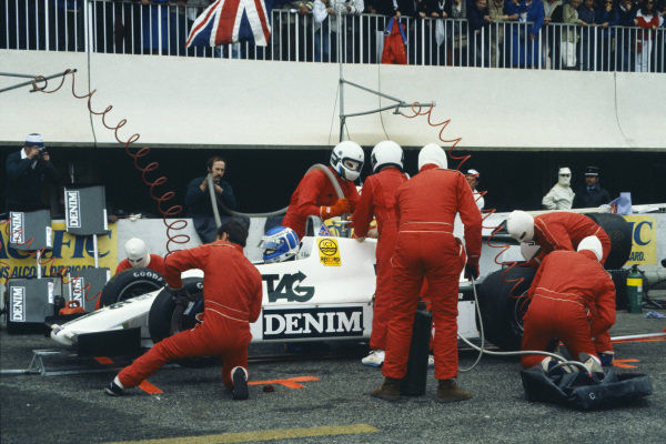 1983 French Grand Prix  Paul Ricard, France. 15-17 April 1983.  Keke Rosberg, Williams FW08C Ford, makes a pitstop.  Ref: 83FRA06. World Copyright: LAT Photographic