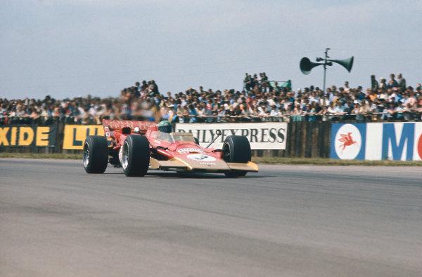 1971 British Grand Prix.  Silverstone, England. 15-17th July 1971.  Reine Wisell, Lotus 56B Pratt & Whitney.  Ref: 71GB30. World Copyright: LAT Photographic