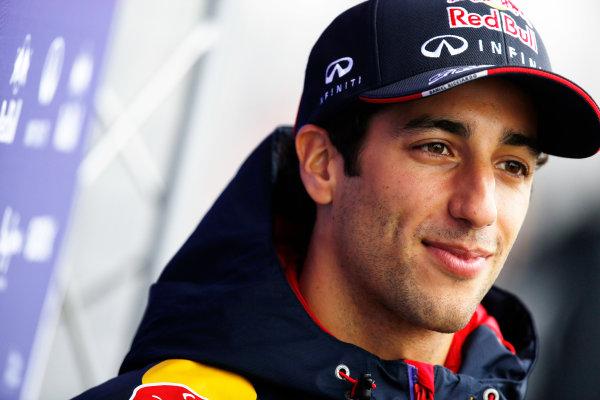 Shanghai International Circuit, Shanghai, China. Saturday 19 April 2014. Daniel Ricciardo, Red Bull Racing. World Copyright: Charles Coates/LAT Photographic. ref: Digital Image _J5R6391