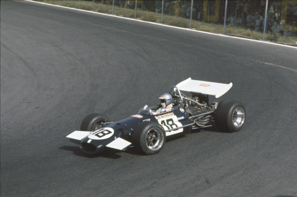Mexico City, Mexico. 19 October 1969.Piers Courage (Brabham BT26-Ford), 10th position, action. World Copyright: LAT PhotographicRef: Colour Transparency.