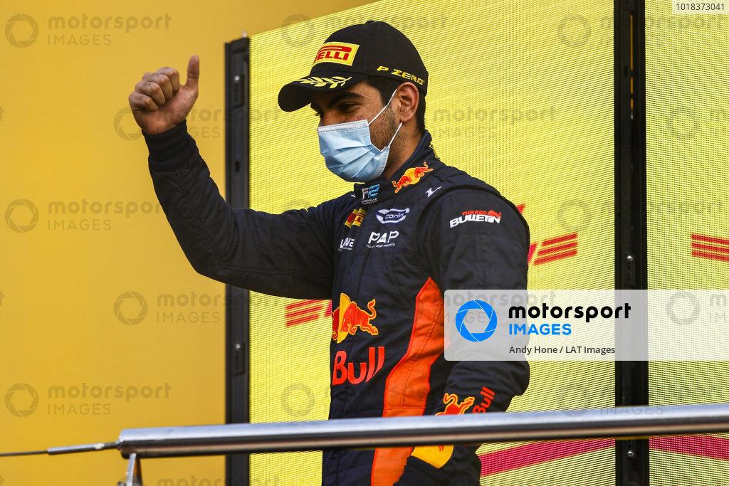 Jehan Daruvala (IND, CARLIN), 1st position, on the podium