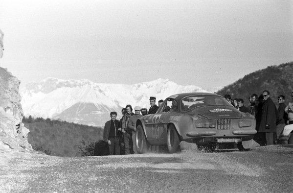 Roland Charriere / Yannick Castel, Alpine A110.