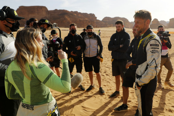 Mikaela Ahlin-Kottulinsky (SWE), JBXE Extreme-E Team, and Jenson Button (GBR), JBXE Extreme-E Team, talk to the press