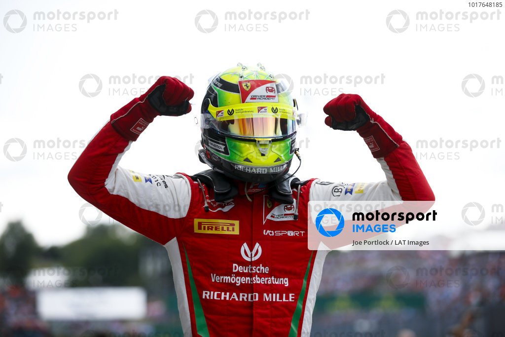 HUNGARORING, HUNGARY - AUGUST 04: Race winner Mick Schumacher (DEU, PREMA RACING) celebrates in parc ferme during the Hungaroring at Hungaroring on August 04, 2019 in Hungaroring, Hungary. (Photo by Joe Portlock / LAT Images / FIA F2 Championship)