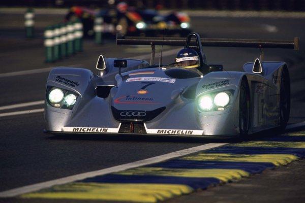 2000 Le Mans 24 Hours.Le Mans, France.17-18 June 2000.Michele Alboreto/Christian Abt/Rinaldo Capello (Audi R8), 3rd position.World - LAT Photographic