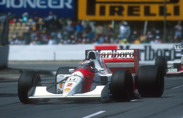 1992 Australian Grand Prix.Adelaide, Australia.6-8 November 1992.Gerhard Berger (McLaren MP4/7A Honda) 1st position.Ref-92 AUS 28.World Copyright - LAT Photographic