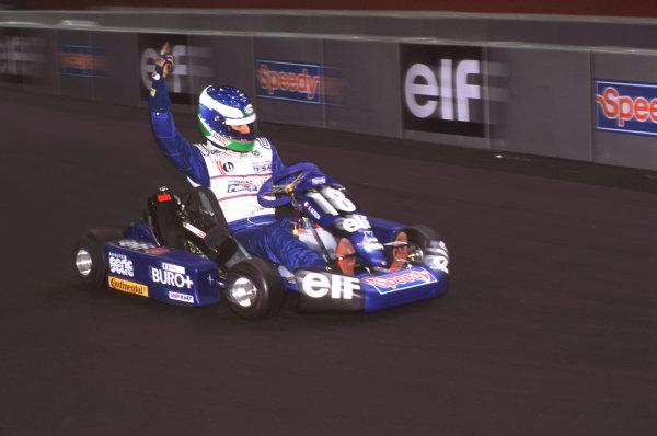 2000 Elf Masters Karting Bercy Paris, France. 10th December 2000. Besson action. World Copyright: Chris Dixon/LAT Photographic