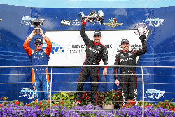 Scott Dixon, Chip Ganassi Racing Honda, Will Power, Team Penske Chevrolet, Robert Wickens, Schmidt Peterson Motorsports Honda, podium
