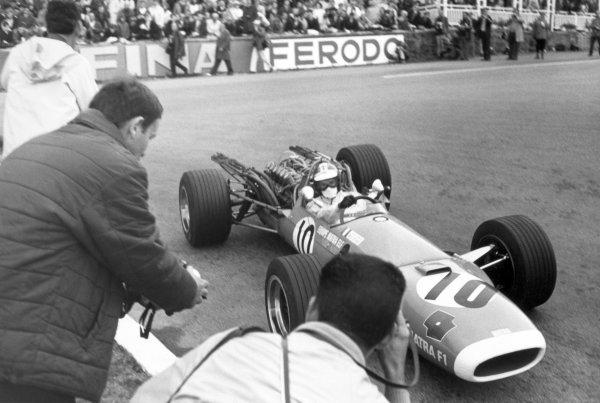 1968 Belgian Grand Prix.Spa-Francorchamps, Belgium. 9 June 1968.Jean-Pierre Beltoise, Matra MS11, 8th position, action.World Copyright: LAT PhotographicRef: Motor b&w print