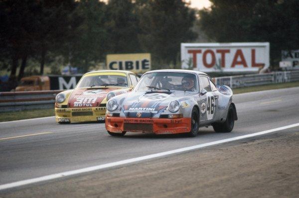 1973 Le Mans 24 hours.Le Mans, France. 9-10 June 1973.Gijs van Lennep/Herbert Muller (Porsche Carrera) leads Marcel Mignot/Pierre Mauroy (Porsche Carrera). Van Lennep/Muller finished in 4th position.World Copyright: LAT PhotographicRef: 35mm transparency 73LM04