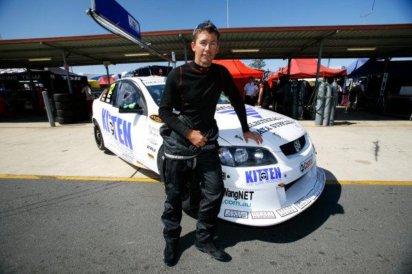 Queensland Raceway, Austrlia.22nd - 23rd August 2009.Car 012,Holden Commodore VE,Triple F Racing,Troy Bayliss.World Copyright: Mark Horsburgh/LAT Photographicref: 12-Bayliss-EV08-09-00343